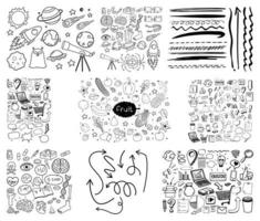 ensemble d'objets et de symboles dessinés à la main doodle sur fond blanc vecteur