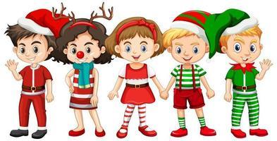 différents enfants portant un personnage de dessin animé de costume de noël