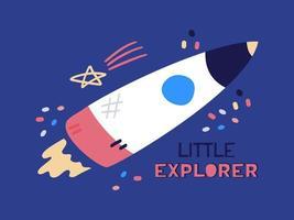 fusée plate de dessin animé, vaisseau volant vers le haut. illustration vectorielle plane avec texte petit explorateur sur fond bleu.