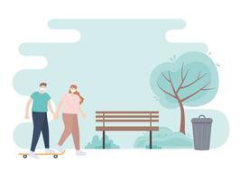 personnes avec masque médical, couple main dans la main avec skate dans le parc, activité de la ville pendant le coronavirus vecteur