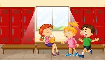 groupe d & # 39; enfants au vestiaire