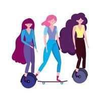 transport écologique, jeunes femmes en monocycle et planche à roulettes