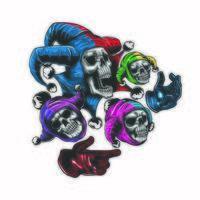 crâne de joker avec trois autres petits jokers vecteur