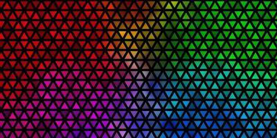 fond de vecteur multicolore clair avec style polygonal.