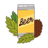 La bière peut avec des graines de houblon sur fond blanc