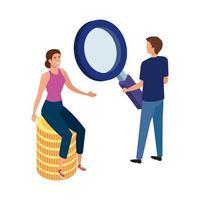 couple avec pièces de monnaie et loupe