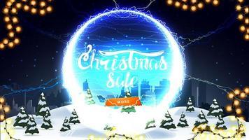 vente de noël, bannière de réduction avec paysage d'hiver, ciel étoilé, bouton et portail rond avec éclairs et offre vecteur