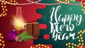 Bonne année, carte de voeux horizontale rouge et vert avec cadeau, lampe ancienne, branche d'arbre de Noël, cône et boule de Noël