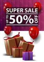 super vente, jusqu'à 50 de réduction, bannière verticale blanche et violette avec texture polygonale et coffrets cadeaux vecteur