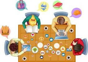 Bureau de bureau vue de dessus avec officier et icônes de médias sociaux sur fond blanc