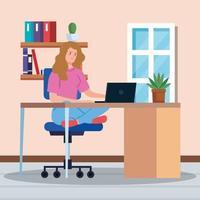 femme travaillant à domicile sur un bureau vecteur