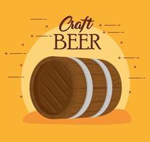 tonneau en bois de bière artisanale sur fond jaune vecteur
