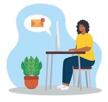 femme afro avec ordinateur sur le bureau, travaillant à domicile vecteur