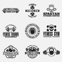 Ensemble de badges et étiquettes de logos de remise en forme et de gym vecteur