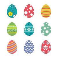 ensemble d'oeufs de Pâques isolés sur fond blanc. nouveau design moderne de vecteur avec différentes couleurs et motifs.