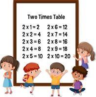 table deux fois avec de nombreux personnages de dessins animés pour enfants
