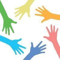 beaucoup de mains multicolores sur fond blanc - vecteur