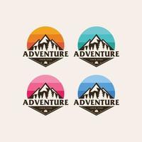 création de logo de montagne aventure vecteur