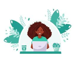 femme noire travaillant sur ordinateur portable. pigiste, étude en ligne, concept de travail à distance. bureau à domicile. illustration vectorielle vecteur