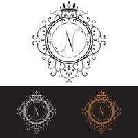 lettre n modèle de logo de luxe s & # 39; épanouit calligraphique élégant ornement lignes entreprise signe identité pour restaurant redevance boutique hôtel bijoux héraldique mode illustration vectorielle vecteur