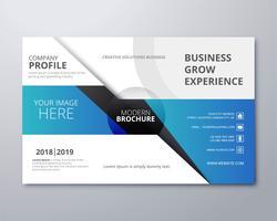 Conception de modèle de brochure élégante création d'entreprise vecteur