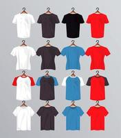 seize maquettes de chemises suspendues vecteur