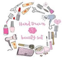 collection dessinée à la main de maquillage, cosmétiques et articles de beauté, avec des brosses à cheveux, des séchoirs, du rouge à lèvres et des ongles illustration isolée vecteur