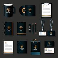 maquette de marque d'identité d'entreprise, définir la papeterie d'entreprise sur fond gris, maquette noire avec signe doré vecteur