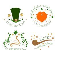 Insigne du jour de la St Patrick avec chapeau, barbe orange, pipe et trèfle vecteur