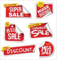 Collection colorée d'autocollants et d'étiquettes modernes de vente vecteur