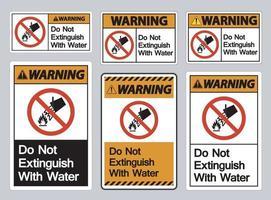 Avertissement ne pas éteindre avec signe de symbole de l'eau sur fond blanc vecteur