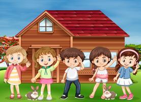 Beaucoup d'enfants heureux à la maison vecteur