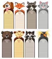 Modèles de papier avec différents types d'animaux sauvages en arrière-plan vecteur