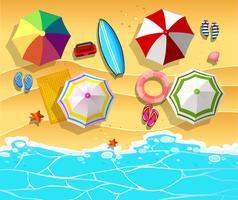 Scène avec des parapluies et une planche de surf sur la plage vecteur