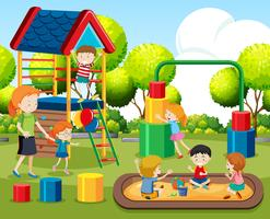 Enfants jouant sur un terrain de jeu vecteur