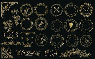 Collection de lauriers et de couronnes d'or dessinés à la main. vecteur
