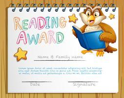 Modèle de certificat avec livre de lecture hibou
