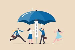 la campagne de vaccination aide à renforcer l'immunité collective pour se protéger contre l'infection à coronavirus, les personnes vaccinées courant pour se couvrir à l'abri sous un grand parapluie solide construit à partir d'une seringue de vaccin. vecteur