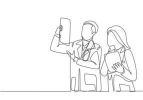 un dessin continu d'une seule ligne de jeunes médecins masculins et féminins discutant et diagnostiquant ensemble le résultat de la photo radiographique du patient. Concept de soins médicaux ligne unique dessiner illustration vectorielle de conception vecteur