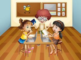 Etudiants apprenant en classe