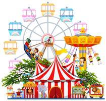 Scène de parc d'attractions avec de nombreux manèges