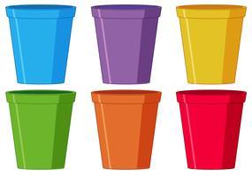 Ensemble de tasse en plastique vecteur