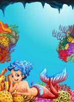Sirène nageant sous l'océan vecteur