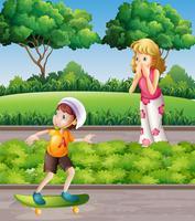 Garçon sur la planche à roulettes et mère dans le parc vecteur