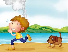 Un garçon qui court avec son chien