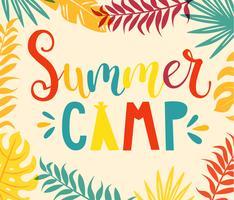Lettrage dessiné à la main dans un camp d'été.