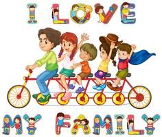 Famille à vélo ensemble