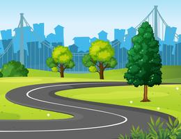 Route ondulée dans le parc