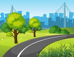 Route dans le parc de la ville