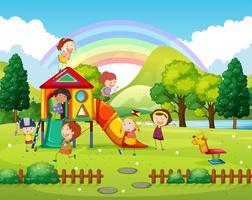 Enfants jouant dans le parc pendant la journée vecteur